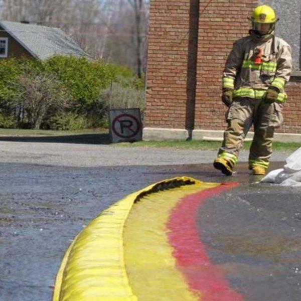 Zaščita za kemikalije, nevarne snovi in odpadne požarne vode Water-Gate
